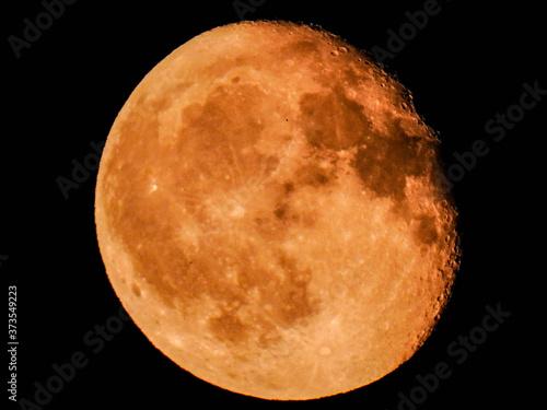Canvastavla Moon Close Up