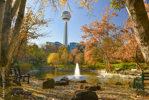 Fotografie, Obraz Botanic Park in autumn foliage - Ankara, Turkey