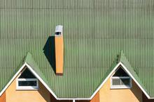Green Modern Corner Roofing Co...