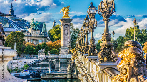 "Obraz na plátně ""Pont des invalides"" in Paris"