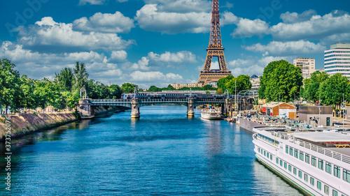 "Fotografia ""Eiffel Tower"" in Paris, France"