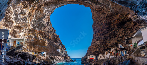 Panoramic view from the spectacular interior of the cave of the town of Poris de Candelaria on the north-west coast of the island of La Palma, Canary Islands Billede på lærred