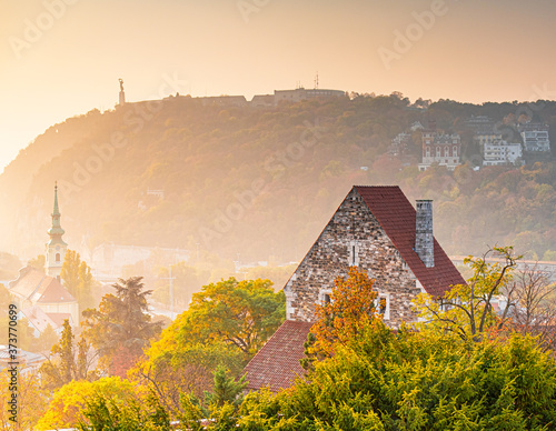 Photo View on Budapest in sunset in autumn