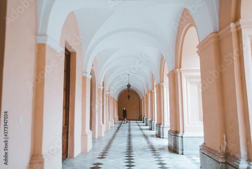 Fototapeta pasillos de casa antigua