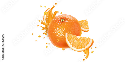 Papel de parede Whole orange and slices in fruit juice splashes.