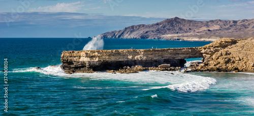 Atlantikwellen am Strand von Fuerteventura Fototapet