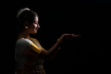 Mohiniattam Artist Looking At ...