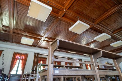 Canvastavla 洋館の天井の高い集会場