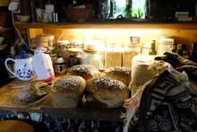 The Breads Wich Grain Freshly ...