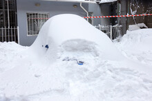 Snow Drifts In The City On A W...