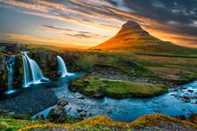 Majestic Kirkjufell Mount (Chu...
