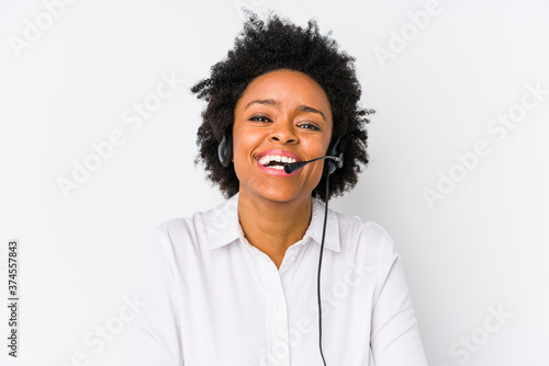 Photo Young african american telemarketer woman isolated laughing and having fun