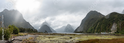 Obraz Panorama of Milford Sound during bad rainy weather, South Island/New Zealand - fototapety do salonu