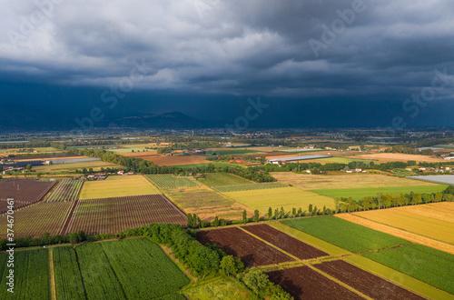 Tempesta sui campi inn arrivo Billede på lærred