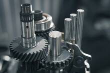 Repair Of A Gearbox In A Car W...