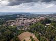 Italia, Agosto 2020: vista aerea panoramica del borgo di Gradara con castello in provincia di Pesaro e Urbino nella regione Marche