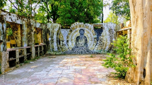 Photo Beatles Ashram, India