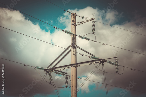 Fotografia High voltage electricity pylon