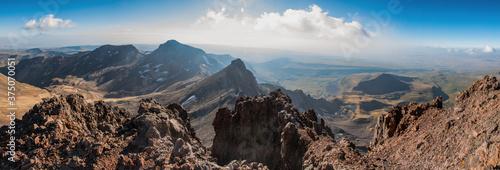Fototapeta panorama of the high mountains