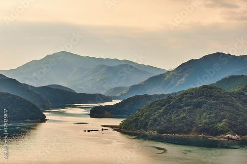 Fotografie, Tablou 美しい入り江と海の見事な自然風景