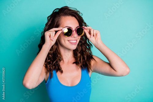 Close-up portrait of her she nice-looking attractive pretty cheerful cheery wavy Fototapet