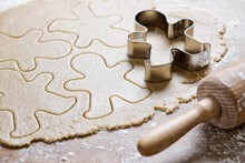 Food: Raw Gingerbread Man Cookies