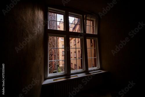 Zamek Wałbrzych widok z okna pałac zabytek dolny śląsk - 375335660