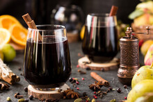 Hot Wine With Spices In Glass ...
