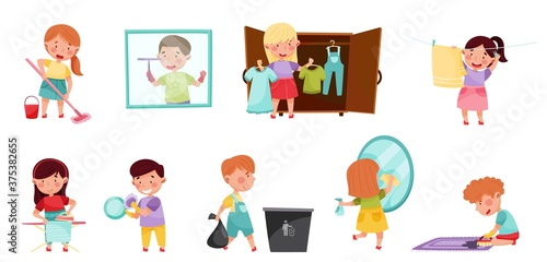 Murais de parede Kid Characters Cleaning Room and Doing Household Chores Vector Illustration Set