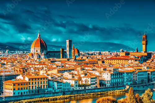 Papel de parede Beautiful landscape above, panorama on historical view of the Florence from  Piazzale Michelangelo point