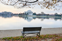 Jefferson Memoria In Autumn Se...