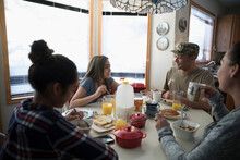 Soldier Father And Family Eati...