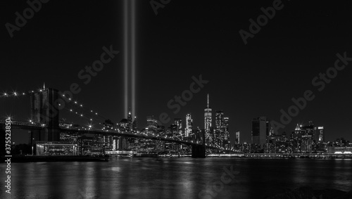 Tribute light 09/11 - Never Forget : Manhattan NYC Black and white