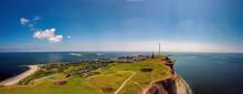Helgoland Panorama Aus Der Luft, Blauer Himmel über Der Insel, Aussicht Aus Der Luft, Luftaufnahme Im Sommer, Aerial Landscape View