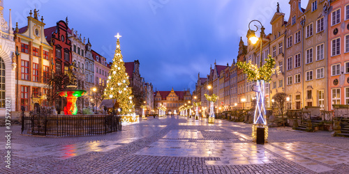 Panorama of Long Lane with Fountain of Neptune and Christmas tree in Gdansk Old Canvas Print