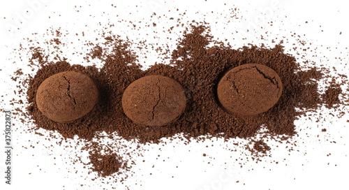 Carta da parati Milled espresso coffee powder pile isolated on white background, top view
