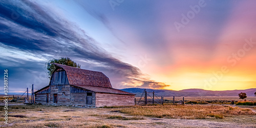 Tela grand teton national park in wyoming early morning