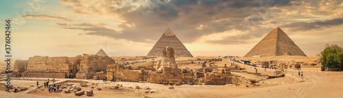 Obraz na plátně Sphinx and desert