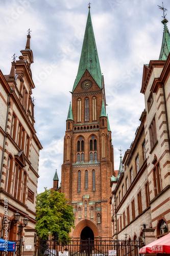 Fototapeta Blick von der Mecklenburgstraße auf den Dom St