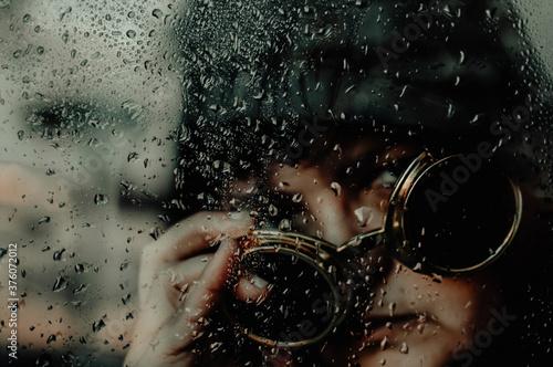Fotografie, Obraz mirada mujer tras el cristal
