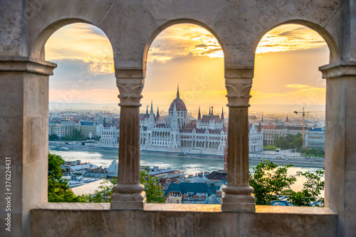 Fotografia View of Budapest from Fisherman's Bastion