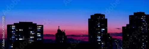 Céu noturno espetacular em São Paulo Capital Brasil - Banner Imagem noturna céu Fotobehang
