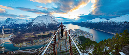 Obraz na plátně Norway - Beautiful grand view from Rampestreken view point in Åndalsnes