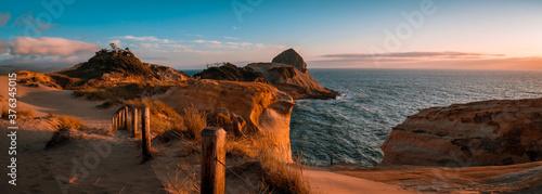 Fotografija Beautiful sunset panorama of Cape Kiwanda on Oregon Coast