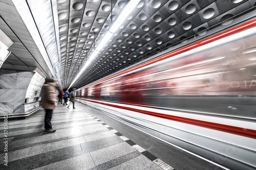 Fotografía Stazione della metropolitana della metropolitana di Praga