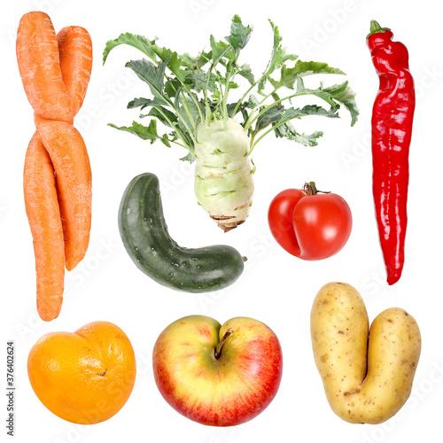 Fotografia, Obraz Deformed organic fruits and vegetables