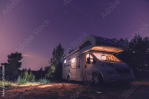 Fotografie, Obraz camper van caravan vehicle for van life holiday on mobile home camper mobile mot