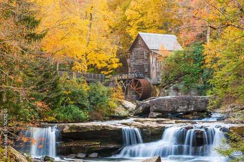 Photo Babcock State Park, West Virginia, USA at Glade Creek Grist Mill