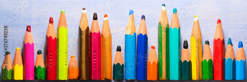 Fotografie, Obraz very small coloring pencils due to their use , concept  better use of natural re