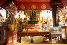 Wat Phra That Doi Suthep, Chia...